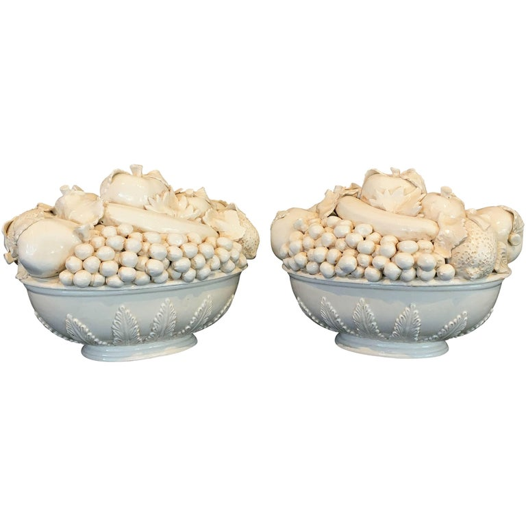 Pair of Italian Fruit Bowls with Lids 1