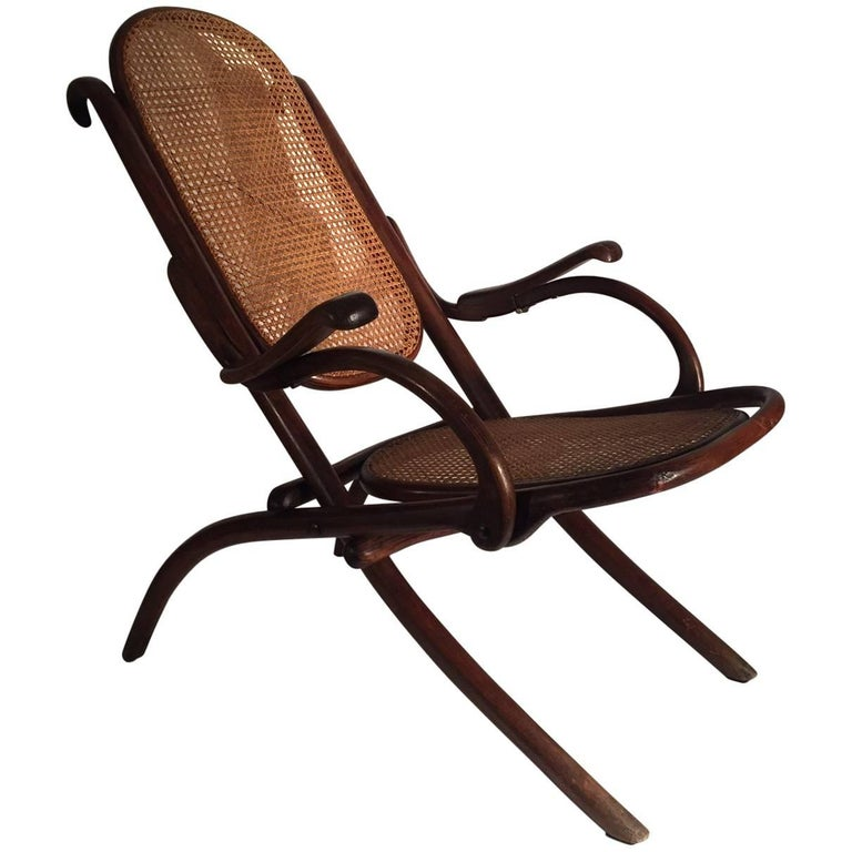 rare michael thonet folding lounge chair 1890 for sale at 1stdibs. Black Bedroom Furniture Sets. Home Design Ideas
