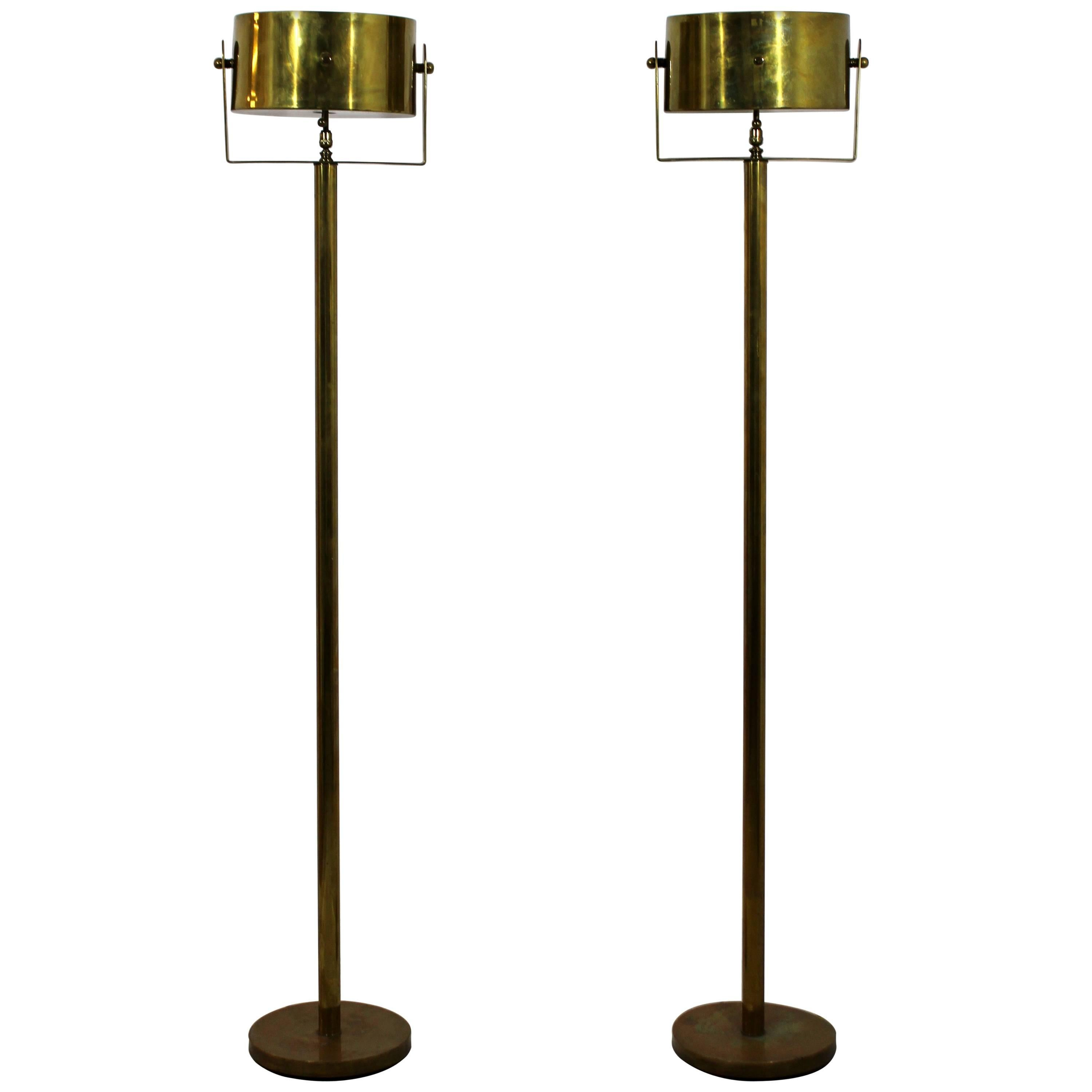 Mid Century Modern Pair Of Brass Standing Floor Lamps Torchiere, Hart  Associates For Sale