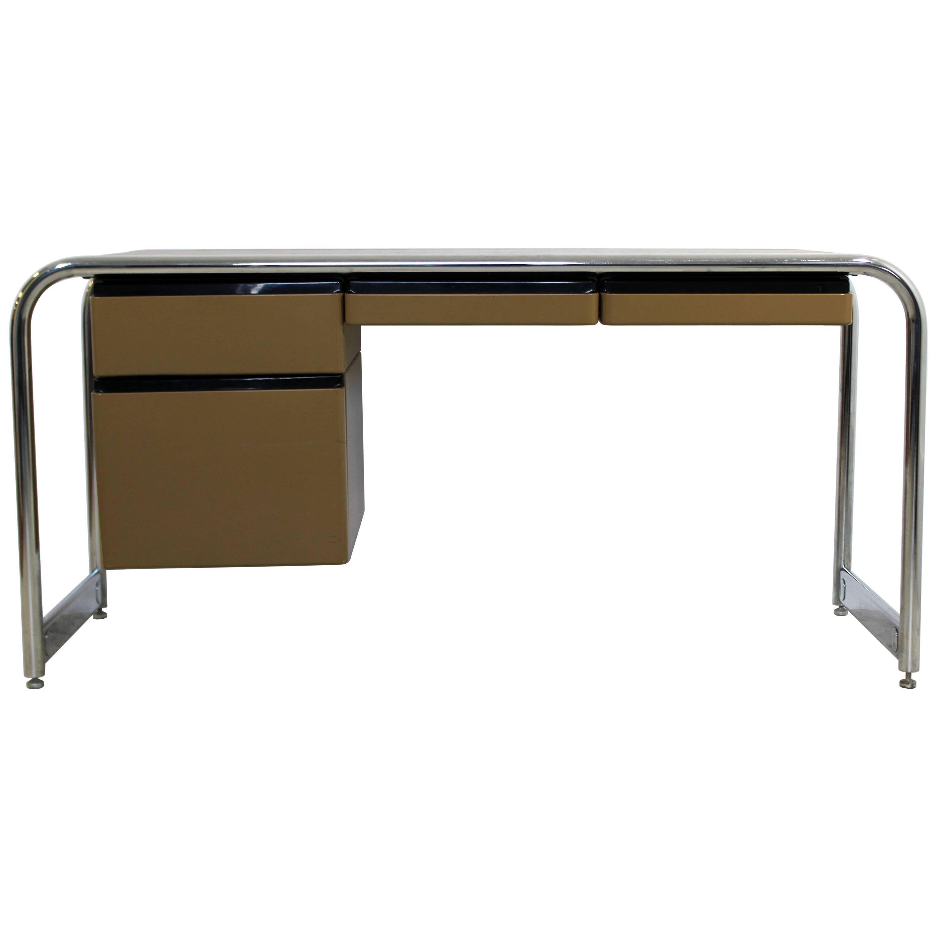 Mid Century Modern Tubular Chrome Brown Leather Top Desk By Sunar Hauserman  For Sale