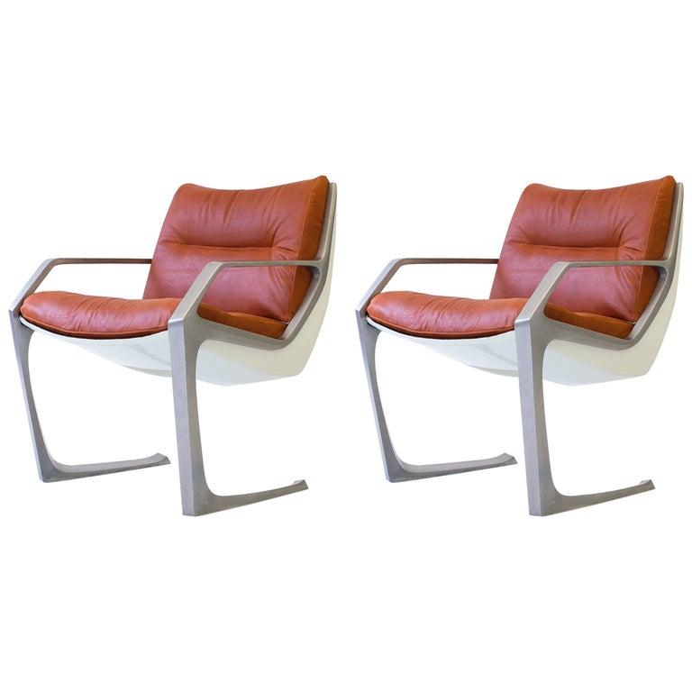 Pair of Jorge Zalszupin Commander Chairs in Aluminum and Fiberglass, Brazil 1975 For Sale