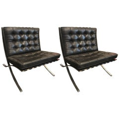 Ludwig Mies van der Rohe Pair of Barcelona Chairs, Knoll, Black Leather