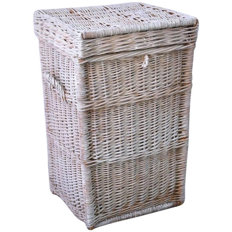 Vintage Wicker Basket H&er For Sale  sc 1 st  1stDibs & Vintage Wicker Basket Hamper For Sale at 1stdibs