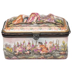 Capodimonte Porcelain Decorated Lidded Box