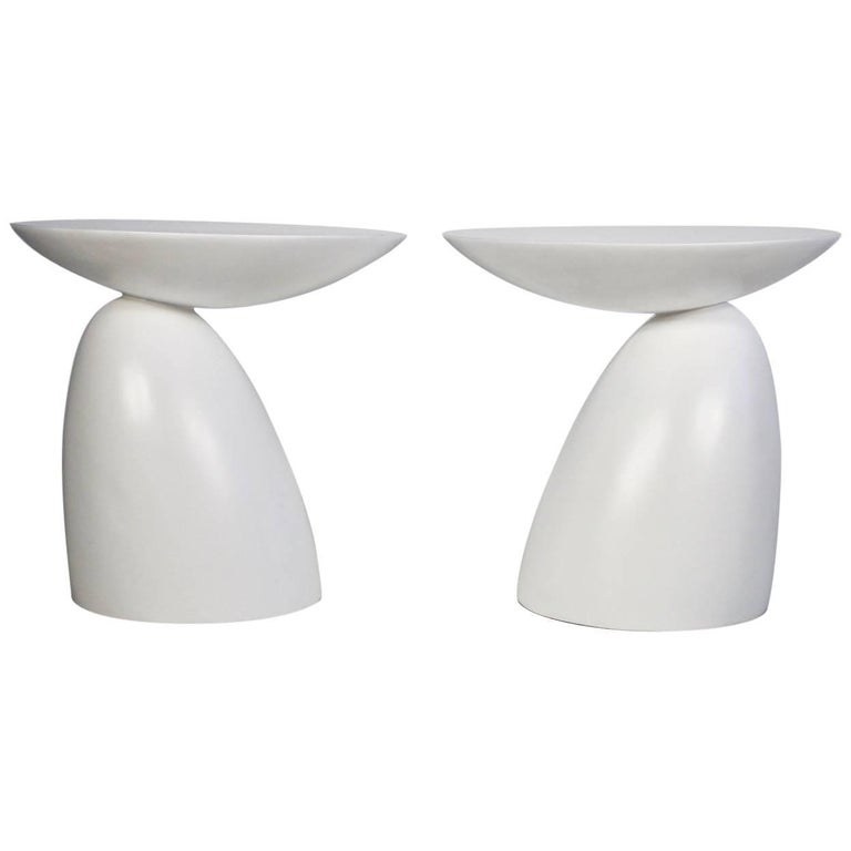 Pair of Round White Fiberglass Side Tables in the Style of Wendell Castle