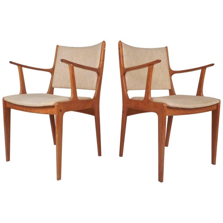Beautiful Pair of Mid-Century Modern Danish Teak Arm Dining Chairs