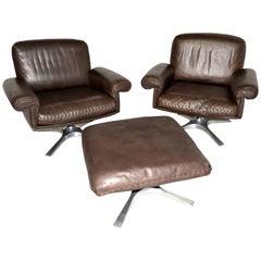 Vintage De Sede DS 31 Lounge Swivel Armchairs and Ottoman, 1970s