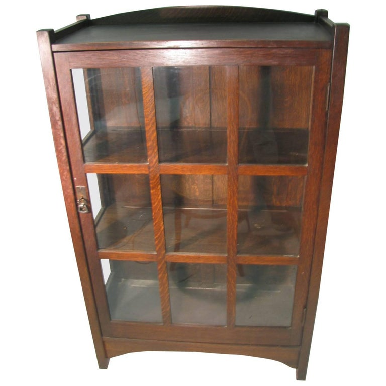 L & JG Stickley Mission Arts & Crafts, China Closet For Sale