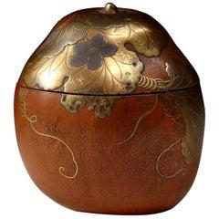 Meiji Japanese Gourd Caddy Taka-Maki-e and Nashiji Lacquer