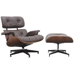 Eames Lounge Chair and Ottoman in Rosewood and Brown Leather, 1970s