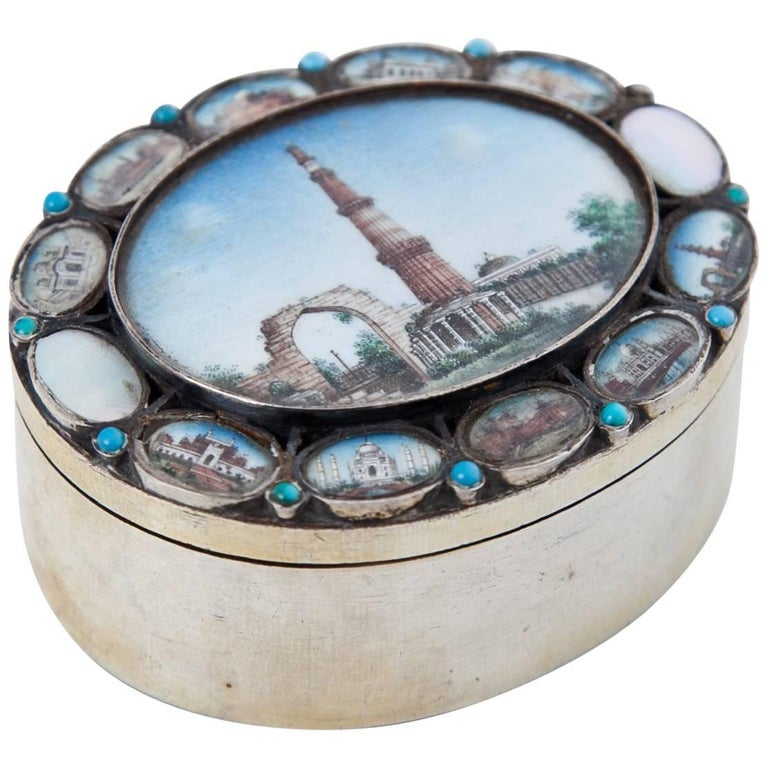 Indian Silver Box, 19th Century For Sale