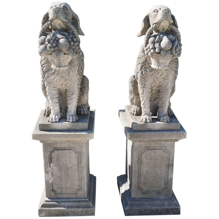 Early 20th Century, a Pair of Tuscan Hunting Dogs in Limestone For Sale