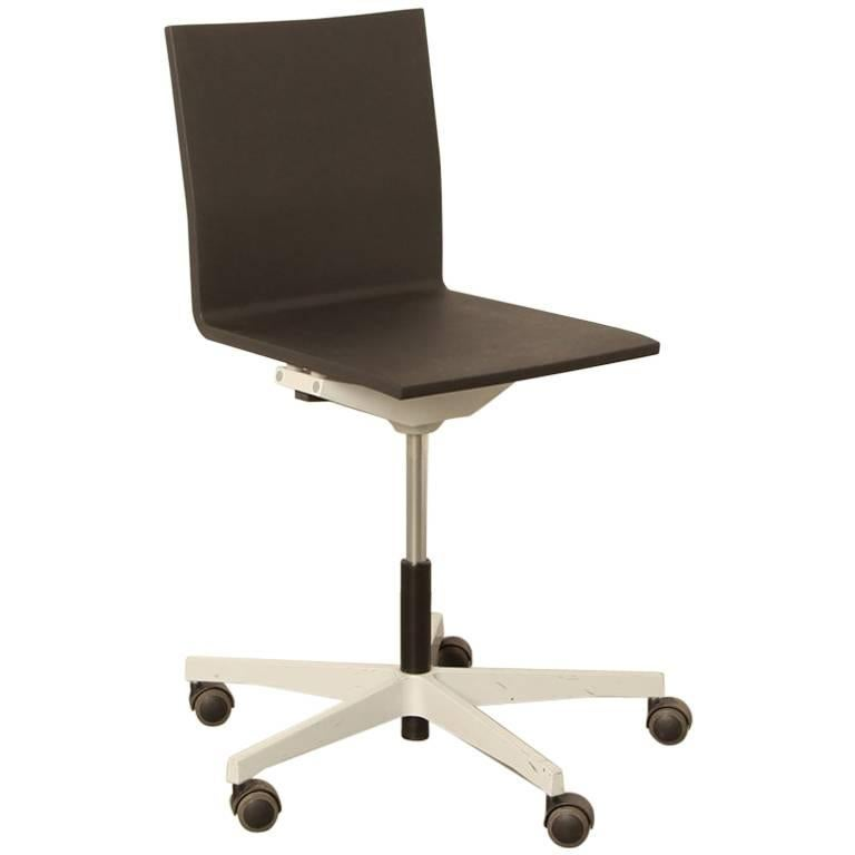 vitra 04 office chair by maarten van severen at 1stdibs. Black Bedroom Furniture Sets. Home Design Ideas