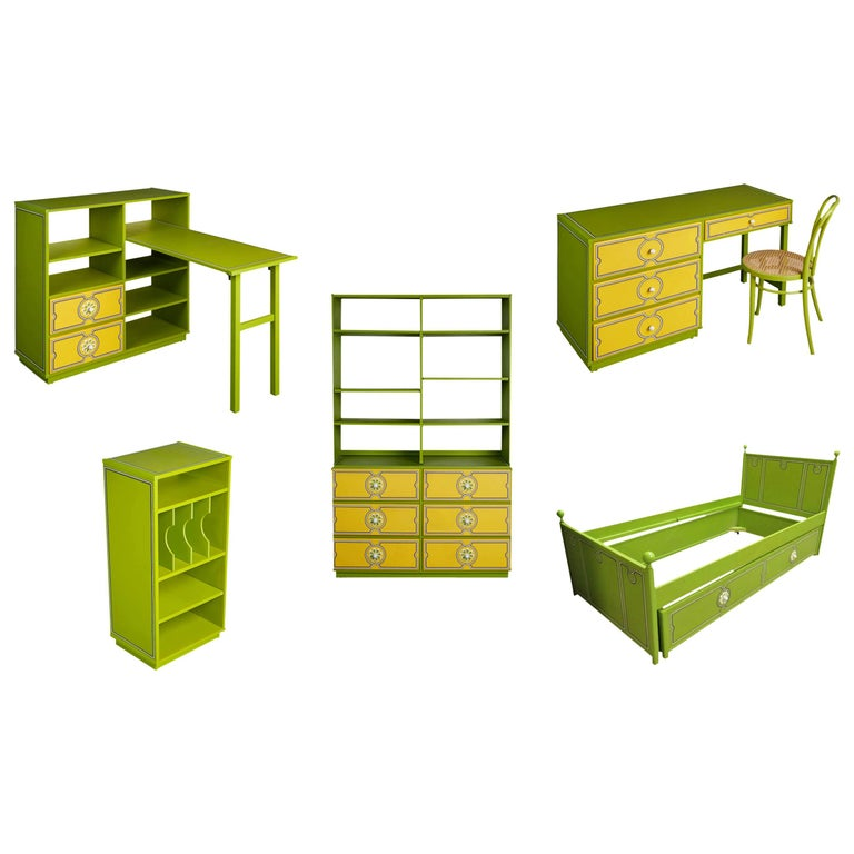 Kids Six-Piece Bedroom Set by Drexel Plus One with Original Booklet, Dated 1970