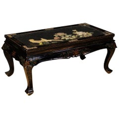 French Black Coffee Table in Lacquered and Painted Chinoiserie Wood 20th Century