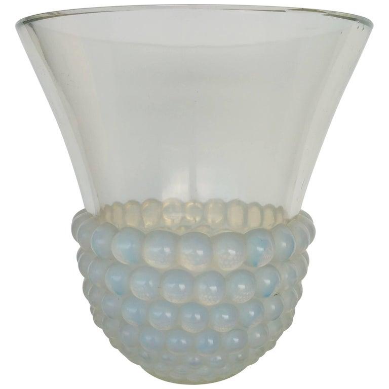"""René Lalique Opalescent Vase """"Graines"""" For Sale"""