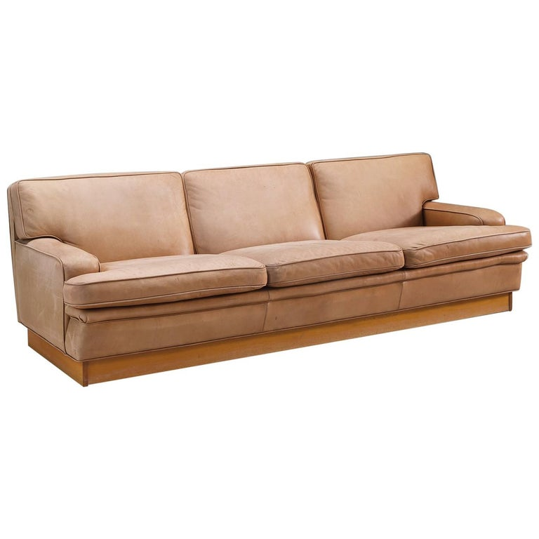 nanna ditzel shell sofa model nd82 in cognac aniline leather at 1stdibs. Black Bedroom Furniture Sets. Home Design Ideas