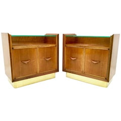 Pair of Walnut Nightstands Ascribable to Borsani with a Crystal Top Italy, 1940s