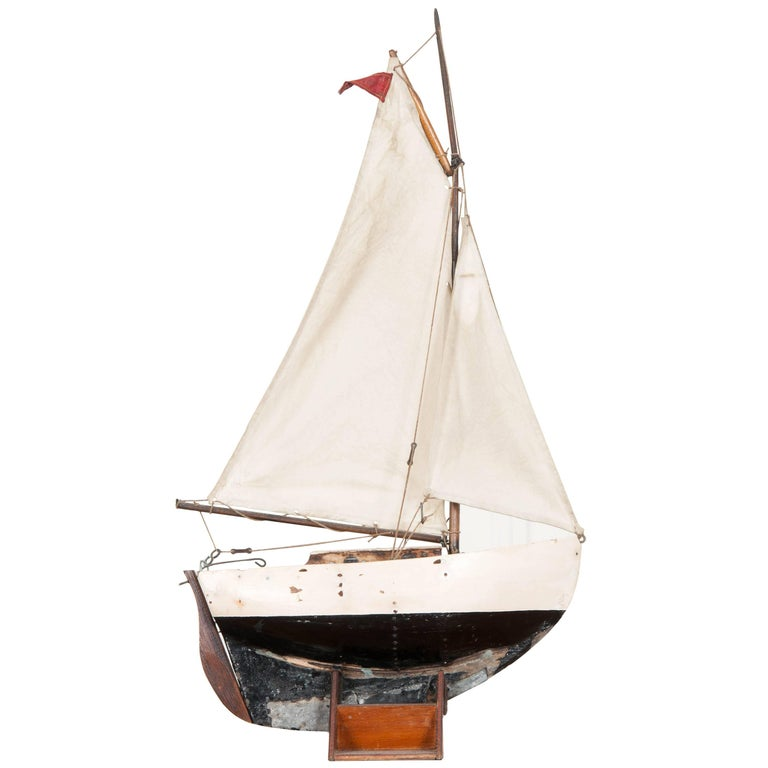 Early 20th Century English Pond Yacht