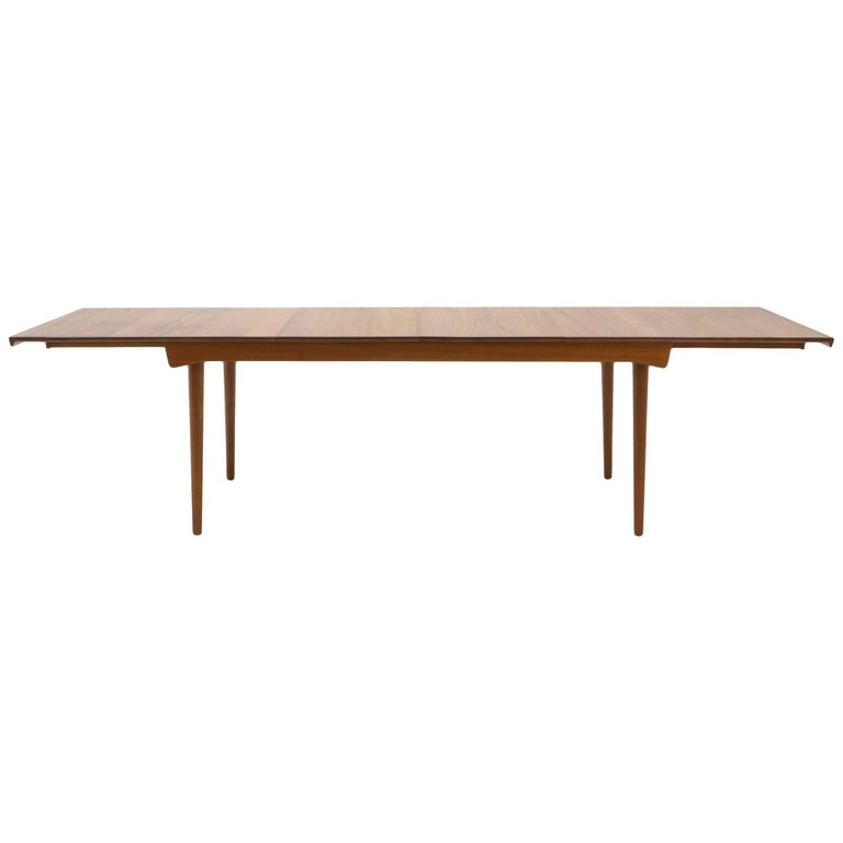 Finn Juhl Teak Dining Table, Expandable with Two Leaves, Exceptional Condition