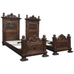 Pair of 19th Century Italian Renaissance Walnut Twin Beds