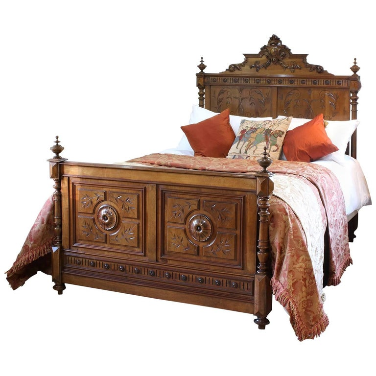 Carved walnut renaissance style bed wk88 at 1stdibs - Renaissance style bedroom furniture ...