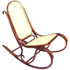 Viennese Rocking Chair Thonet Nr. 5