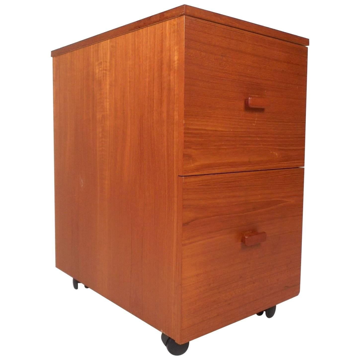 Charmant Mid Century Modern Small Teak Rolling File Cabinet