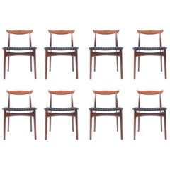 Set of Eight Elegant Dining Chairs in Rosewood by Erik Wørts
