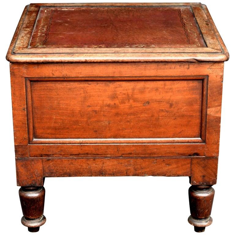 Victorian Wooden Chamber Pot