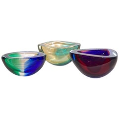 Venini 1970s Italian Murano Glass Geometric Cobalt Blue Yellow Green Red Bowls