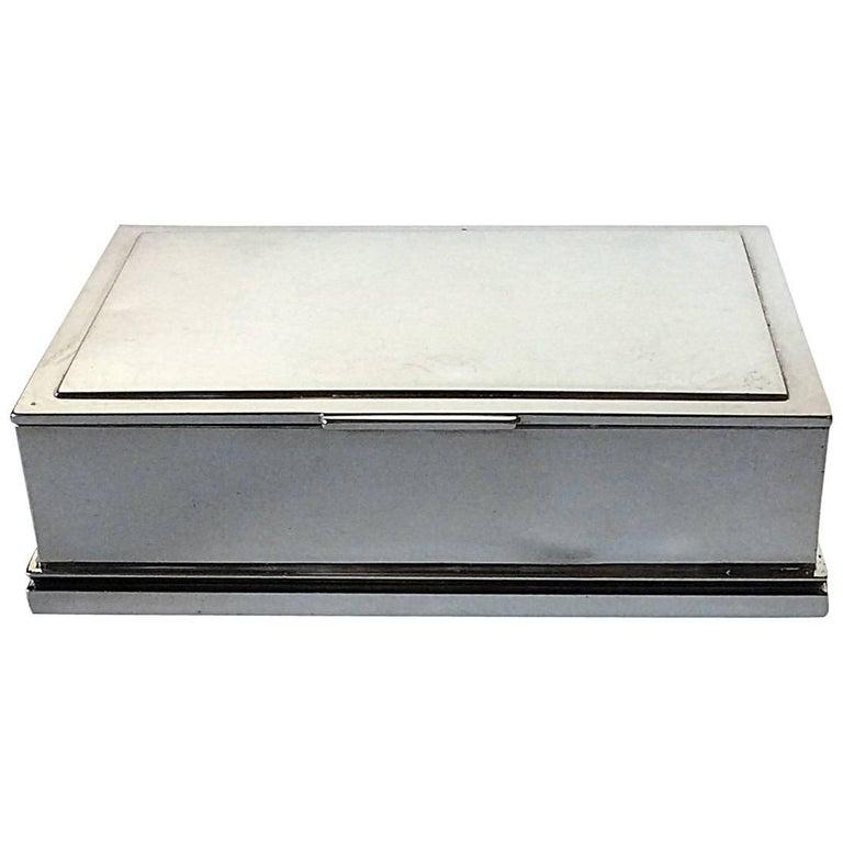 georg jensen sterling silver keepsake box no 843 by jorgen jensen at 1stdibs. Black Bedroom Furniture Sets. Home Design Ideas