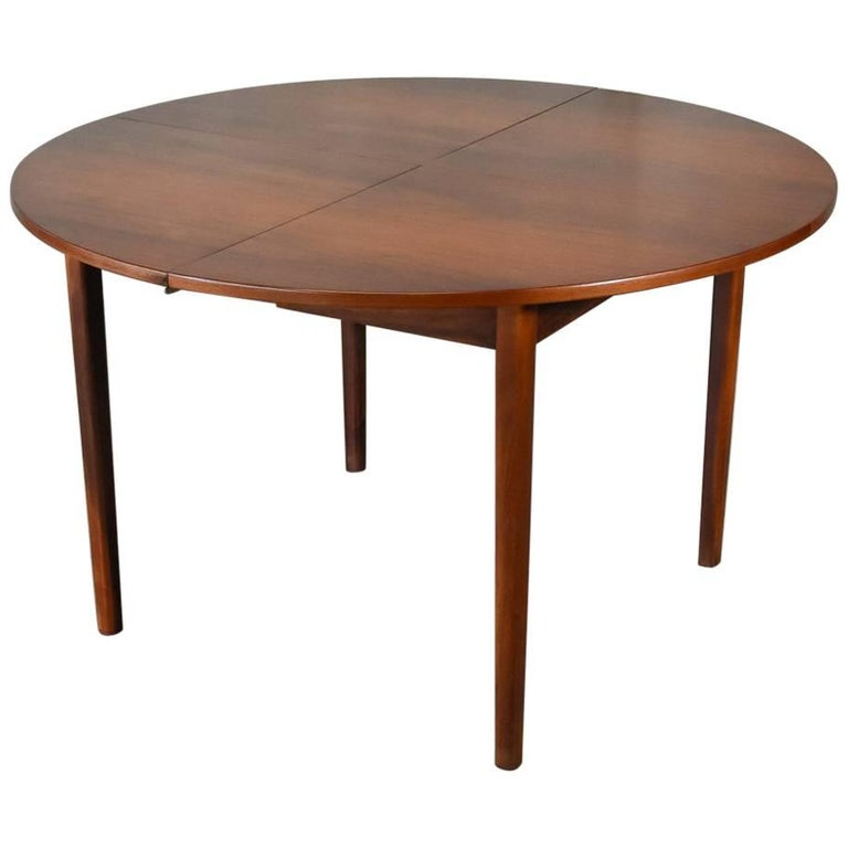 Unique Breakfast Tables: Unique Round Walnut Expanding Dining Table At 1stdibs