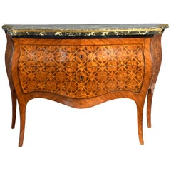 Rococo Italian Chest of Drawers with Marquetry Decoration, Naples, circa 1760
