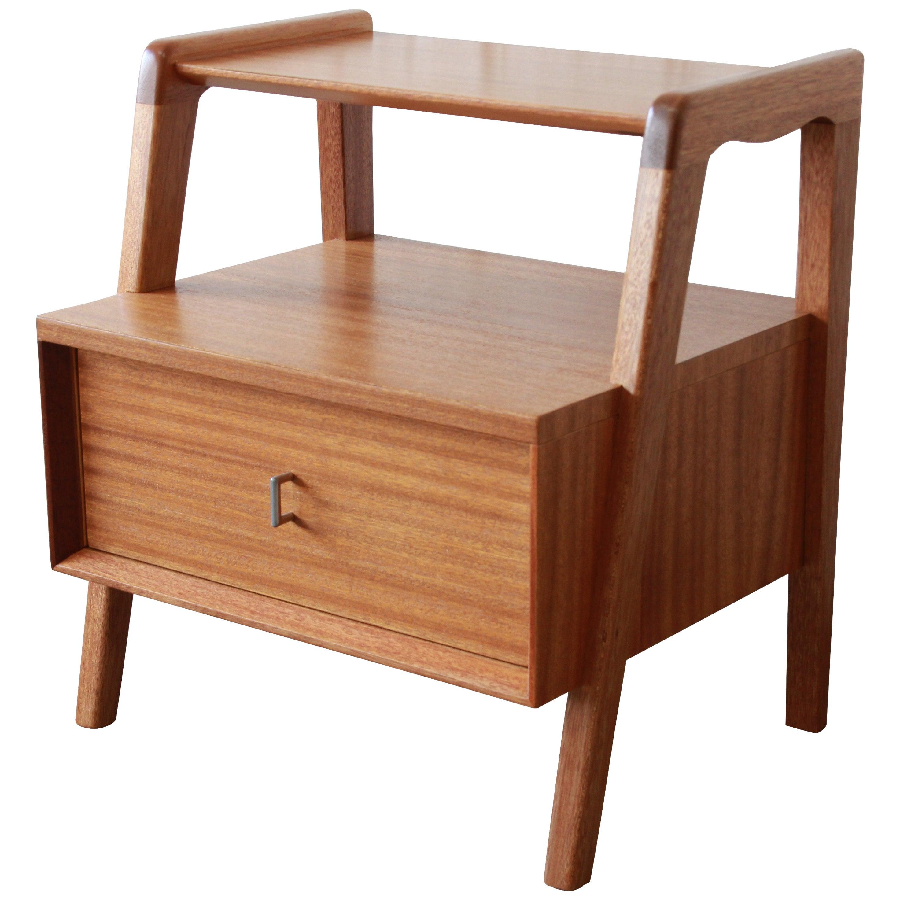 Paul Laszlo for Brown Saltman Mid-Century Modern Nightstand or Side Table