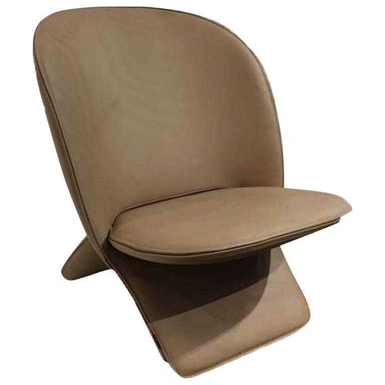 Artifort Niloo Pinguin Chair by Khodi Feiz For Sale