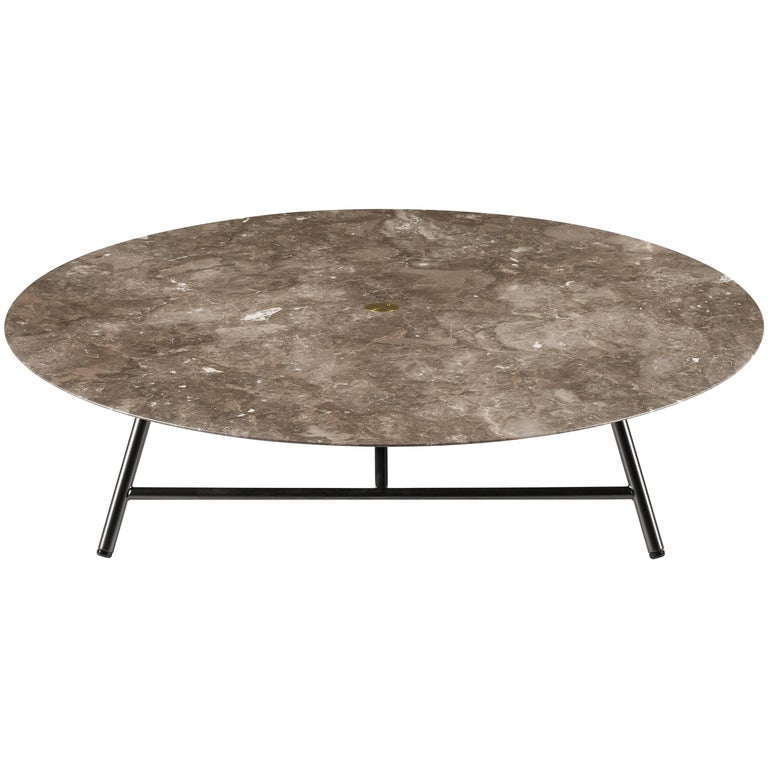 Salvatori low large w round coffee table in honed bianco for Large low coffee table
