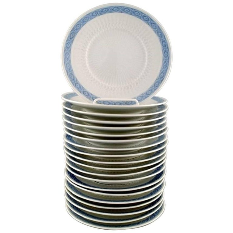 14 Plates, Royal Copenhagen Blue Fan, Flat Plates For Sale