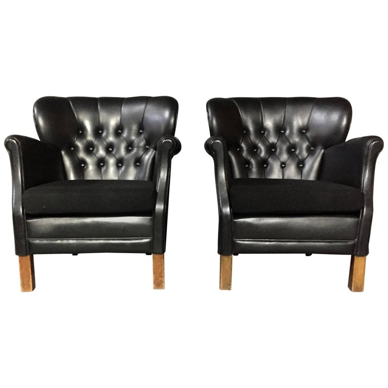 Pair of Danish Club Chairs by Oskar Hansen, Early 1940s