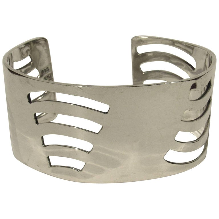 Mid-Century Modern Mexican Sterling Silver Cuff For Sale
