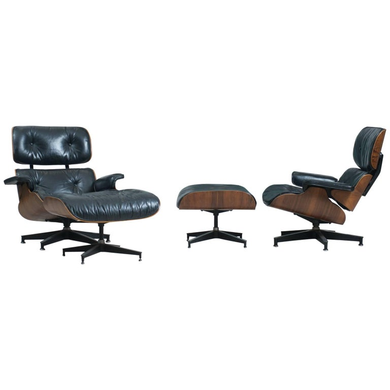 Pair of Vintage Eames 670 Rosewood Lounge Chairs with Ottomans