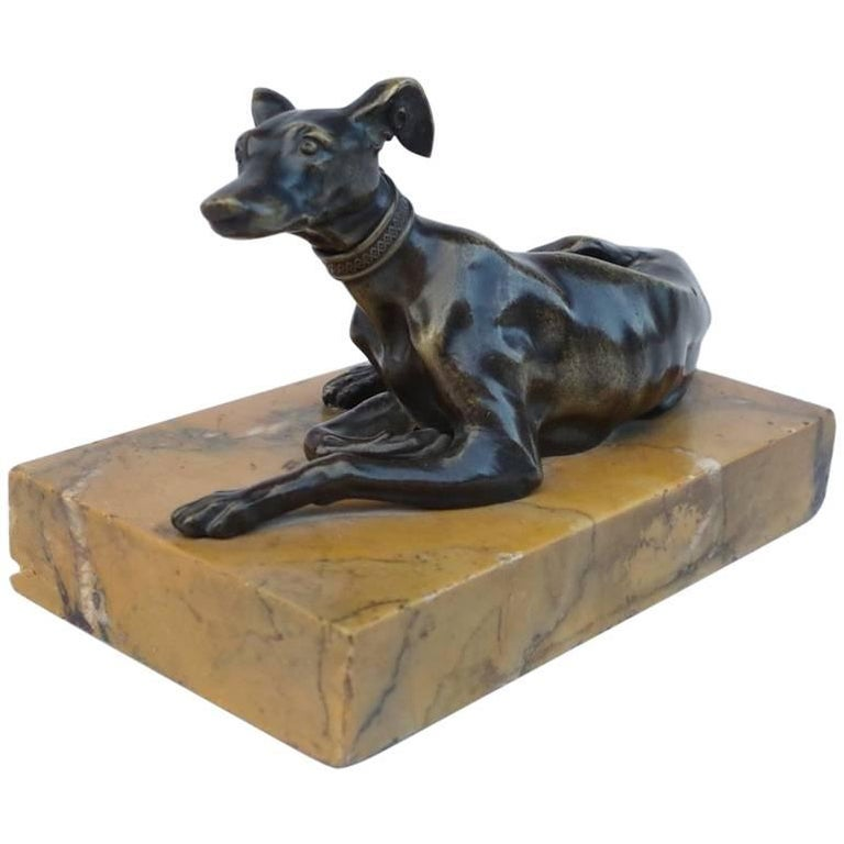 "Small Bronze Sculpture ""Greyhound"" on Marble Stand, End of the 19th Century"