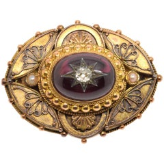 14-Karat Gold Broock with Garnet and Diamond, 19th Century