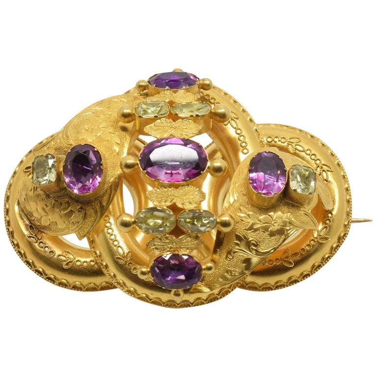18 Karat Gold Brooch with Chrysoberyls and Amethysts, 20th Century For Sale
