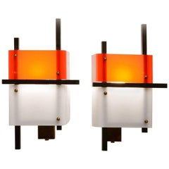 Pair of Wall Lights by Stilnovo in Plexiglass and Metal, Italy, circa 1950