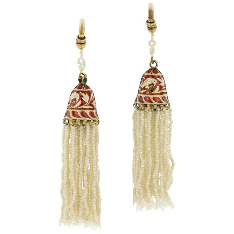 Antique Indian Enamelled 18-Karat Gold and Pearl Earrings, Jaipur, circa 1900 For Sale