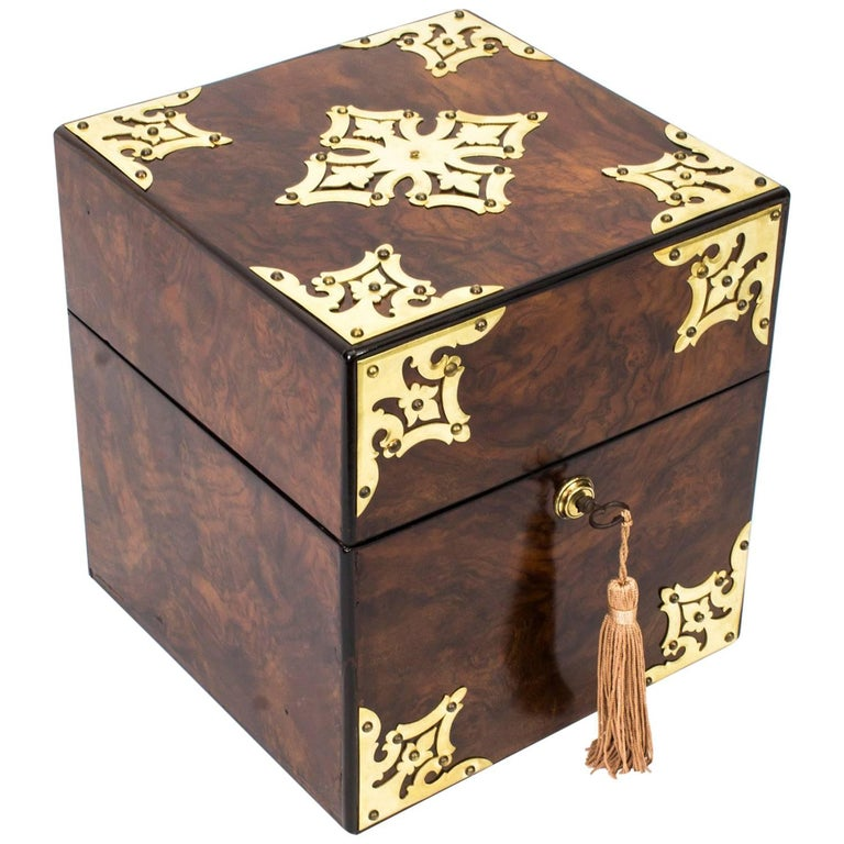 19th Century Victorian Brass-Mounted Burr Walnut Decanter Box