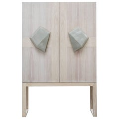 COUER CABINET - Modern Cabinet with Bleached Oak and Walnut Doors