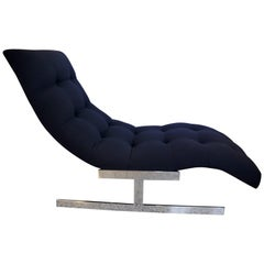 Chaise in Polished Chrome and Black Upholstery