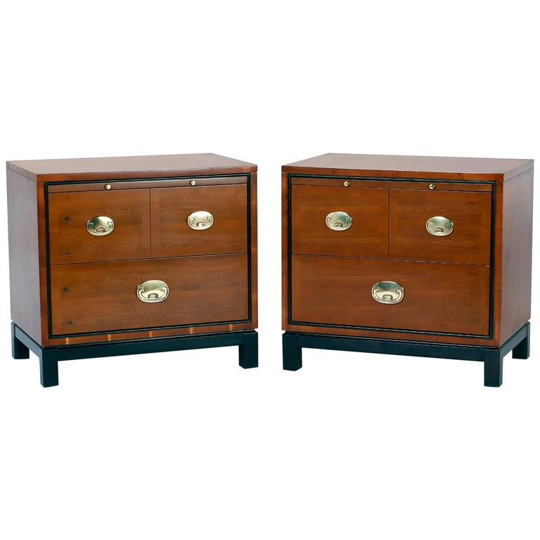 Pair of Midcentury Asian Modern Nightstands For Sale